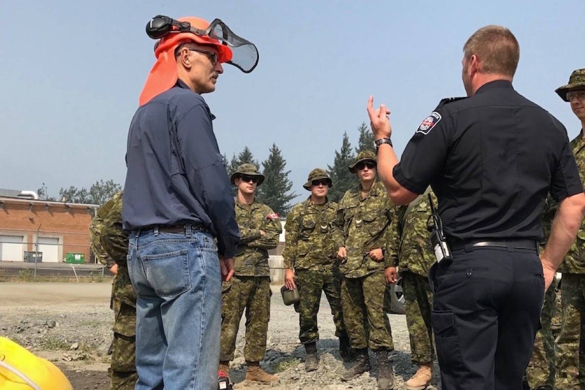 Canadian military personnel learn to fight fires in Chilliwack