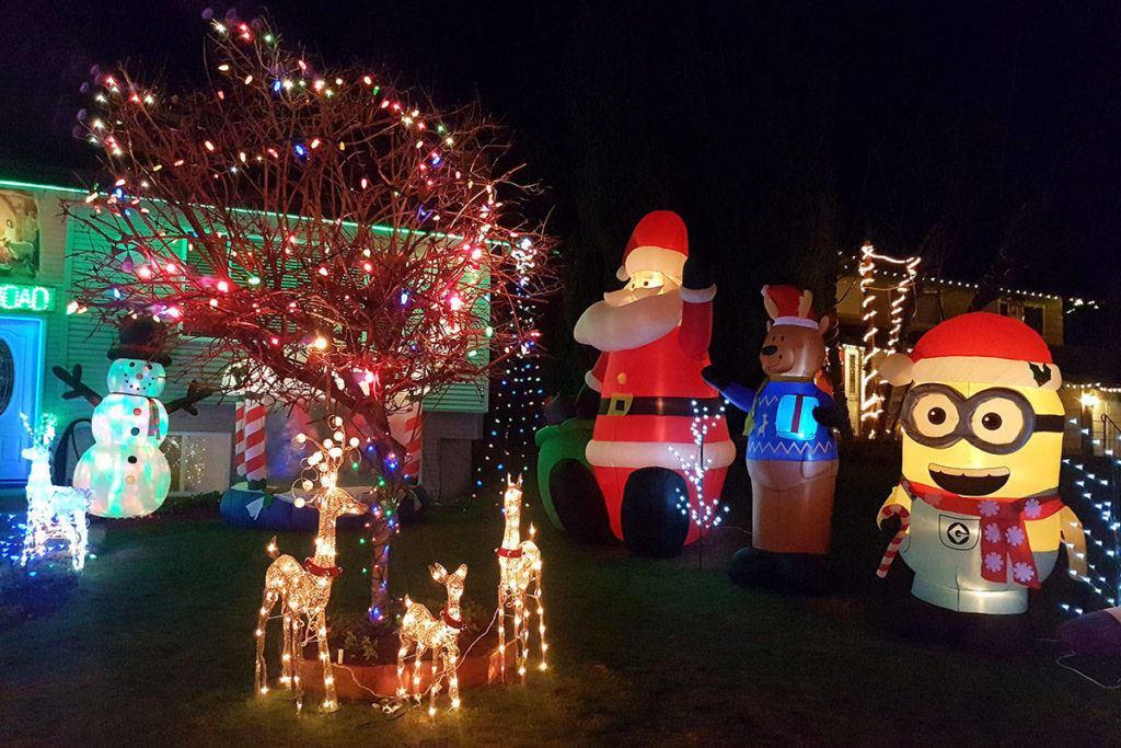 - Holiday Displays Light Up The Night €� Abbotsford News