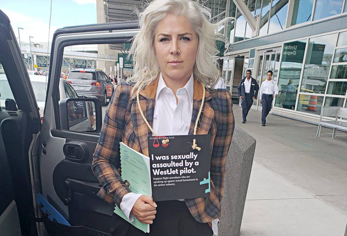 Relatie piloot stewardess sexual harassment