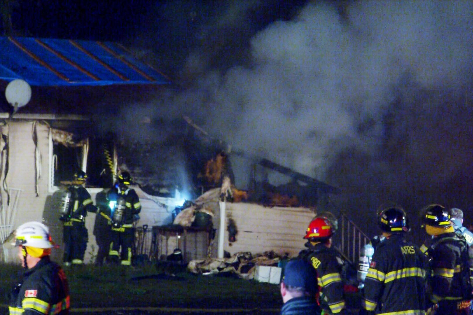 VIDEO: Abbotsford fire crews quash house fire – Abbotsford News