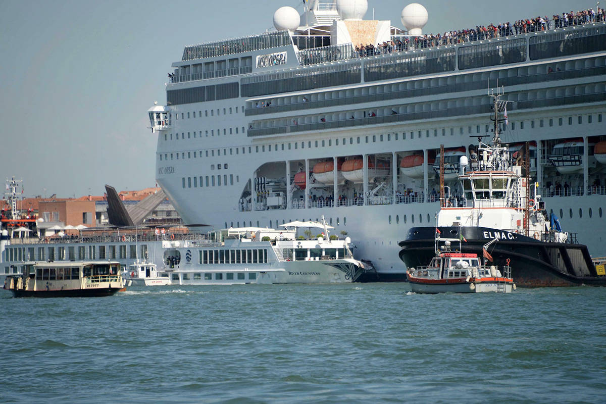 VIDEO: Cruise ship slams into tourist boat, dock in Venice ... on venice italy tourist attractions map, train station venice map, venice airport map, venice italy hotel areas map, venice grand canal map, downtown venice map, venice lagoon map,
