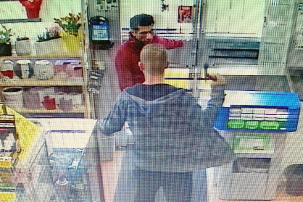 Security camera records hatchet attack on Langley store owner - Abbotsford News