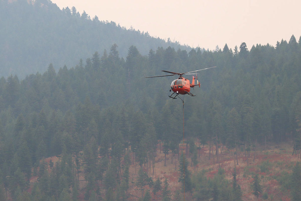July Mountain wildfire 1 kilometre away from Coq. Highway - Abbotsford News